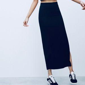 Aritzia Talula Soft Stretchy Navy Maxi Long Skirt